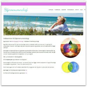 Anneminna - numerolog og astrolog - Webdesign af Camille Viktoria